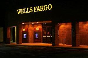 Wells Fargo check cashing policy